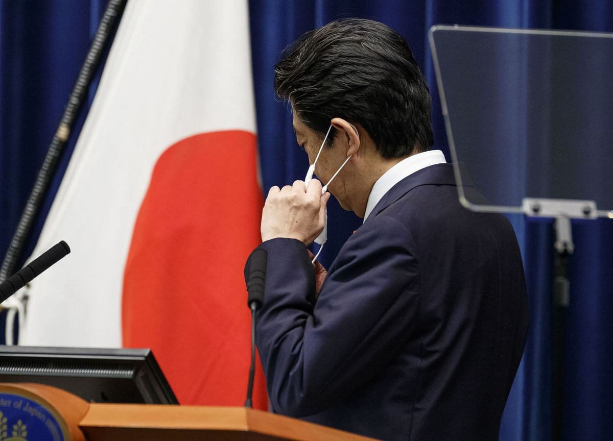 Abenomics Finally Finds Its Moment of Genius