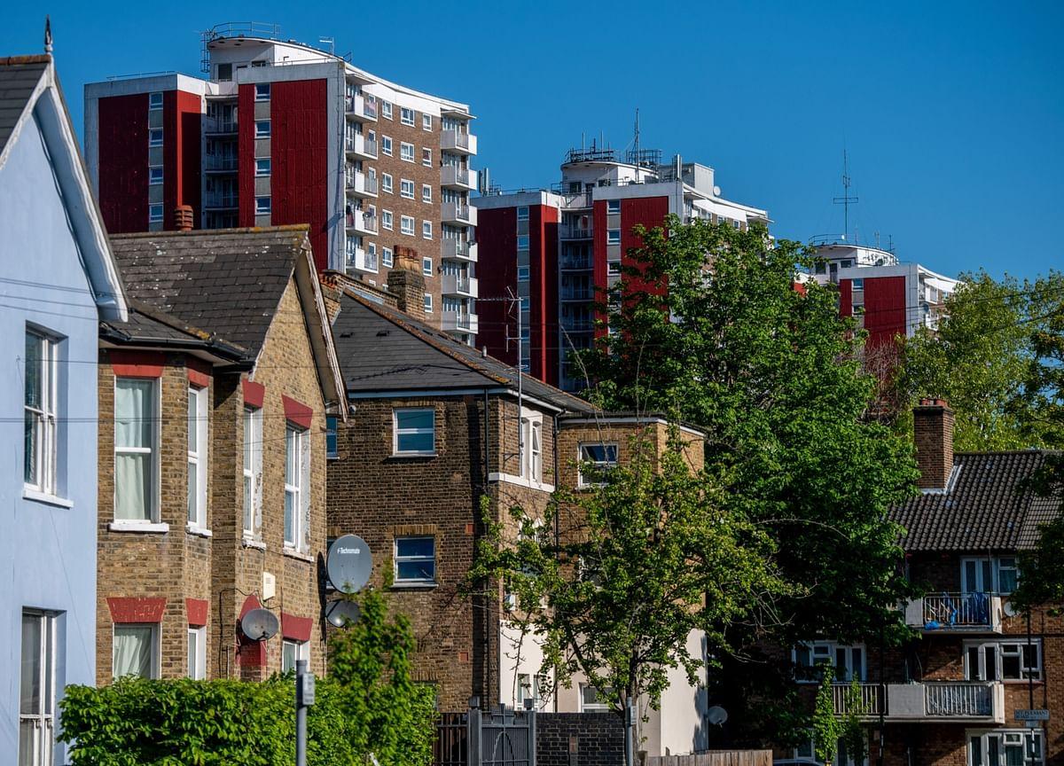 London's Housing Market Lures Hong Kongers Seeking Safe Haven