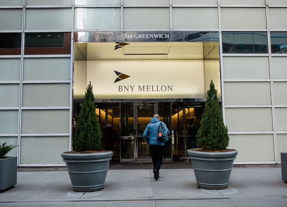 BNY Mellon Tells Most Employees to Work Remotely Until January