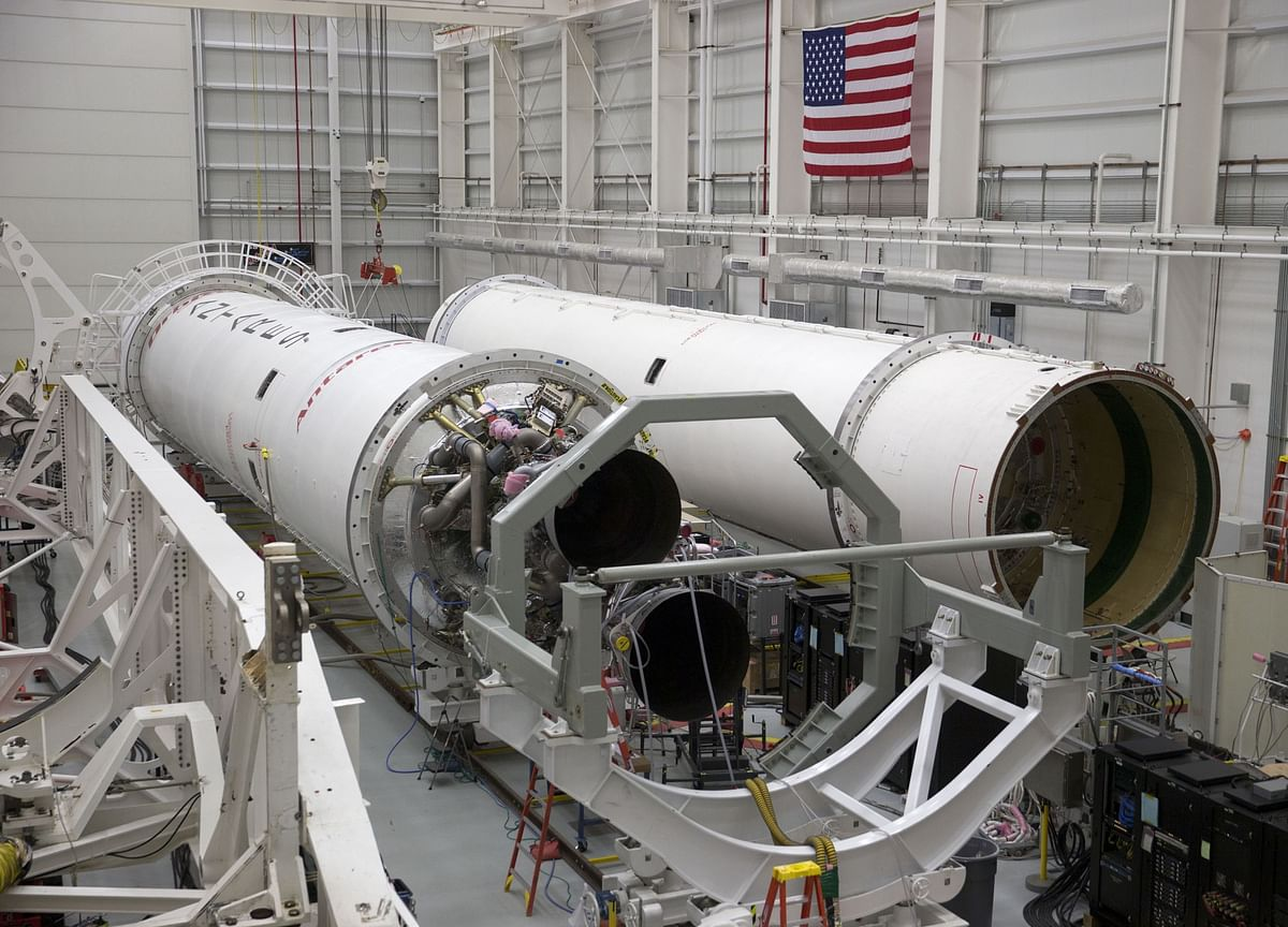 NASA Sees Cost Rising 30% on Boeing Rocket for Moon Missions