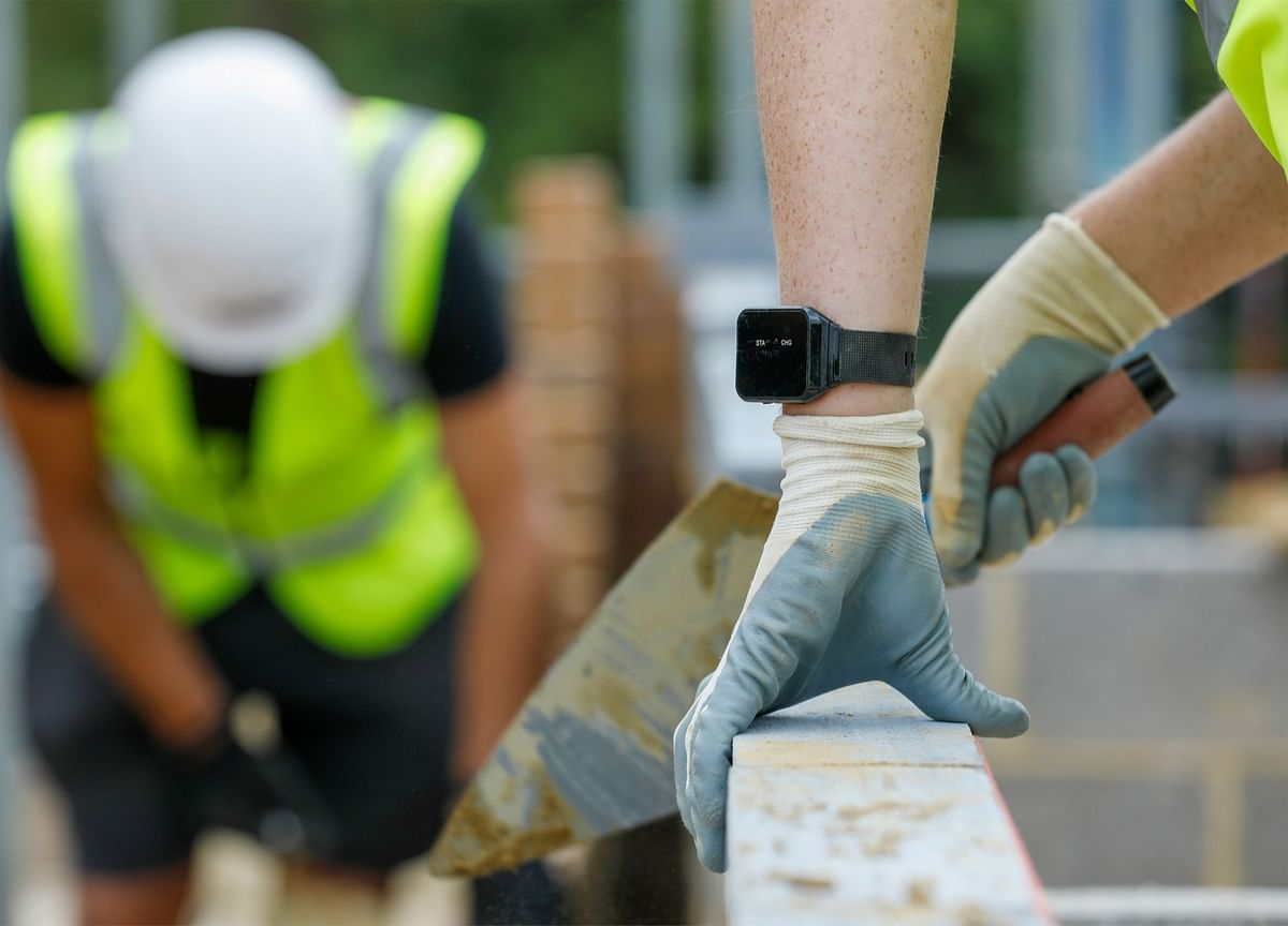 U.K. Plans $1.7 Billion in Building Projects to Lift Economy