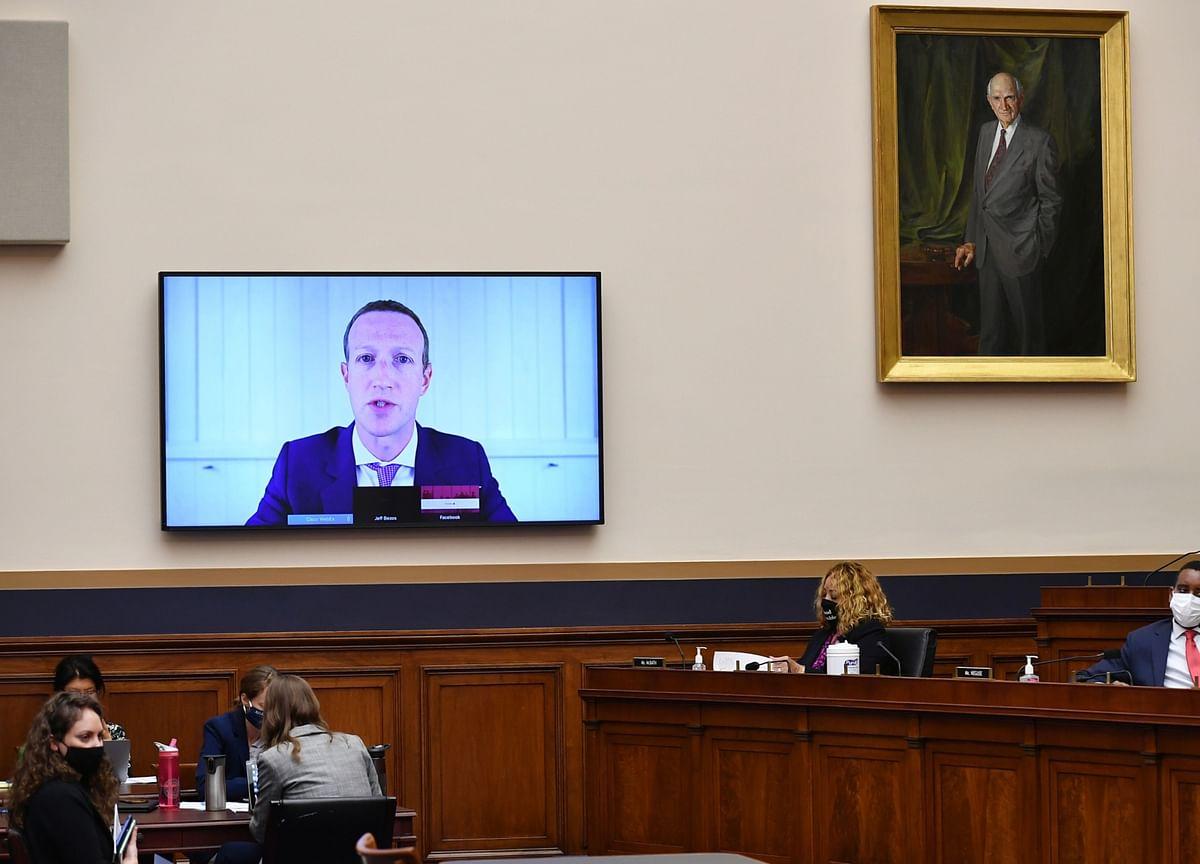 Facebook's Zuckerberg Questioned by FTC Investigators