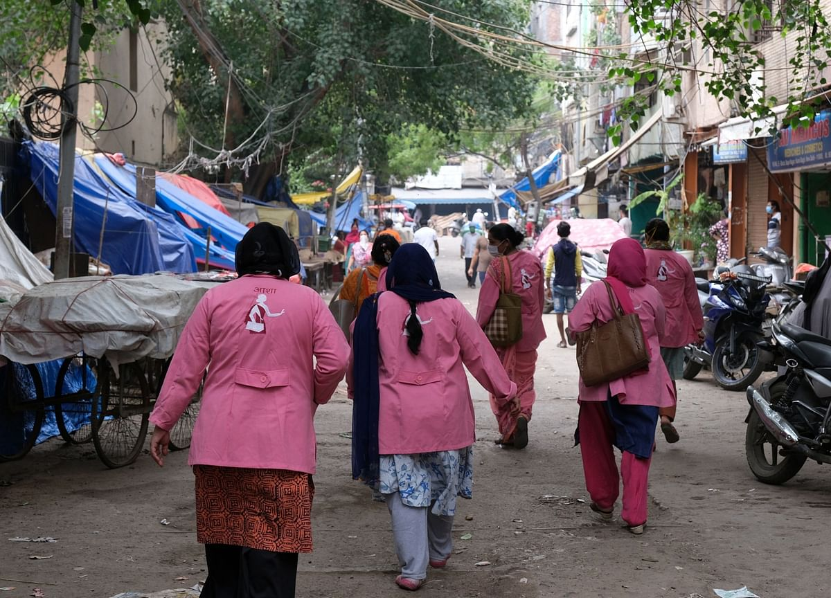 India's Army of 600,000 Virus-Hunting Women Goes on Strike
