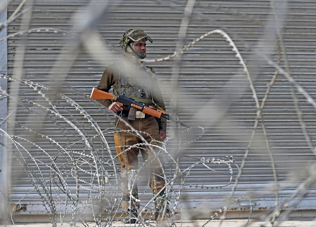 Modi Reimposes Kashmir Clampdown a Year After Revoking Autonomy