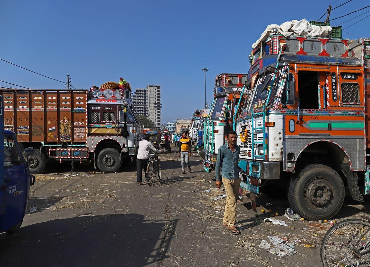 India's Biggest Trucker to Scrap 15% of Fleet in 'Lost Year'
