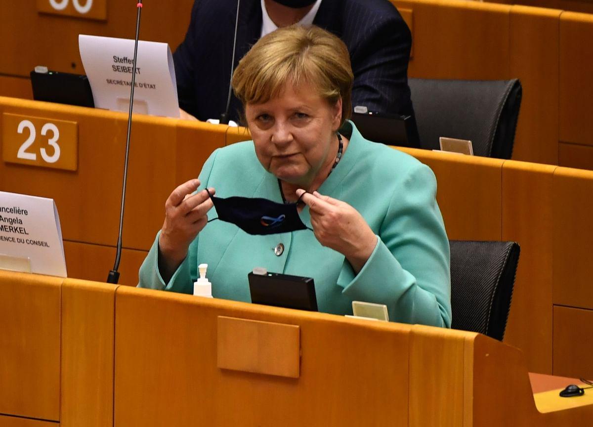 Merkel Warns Virus Spike Leaves No Room to Ease Restrictions