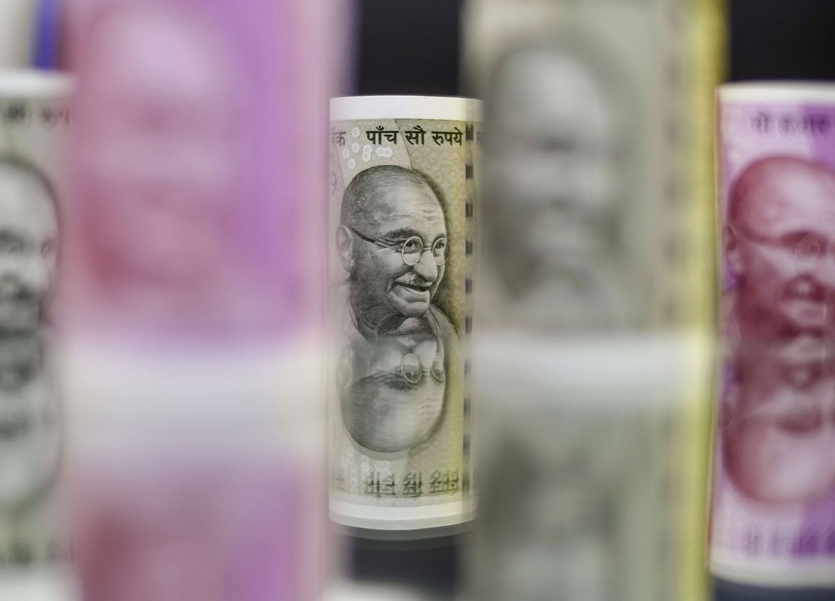 Rupee Outperforms Asian Peers Post RBI Governor Comments