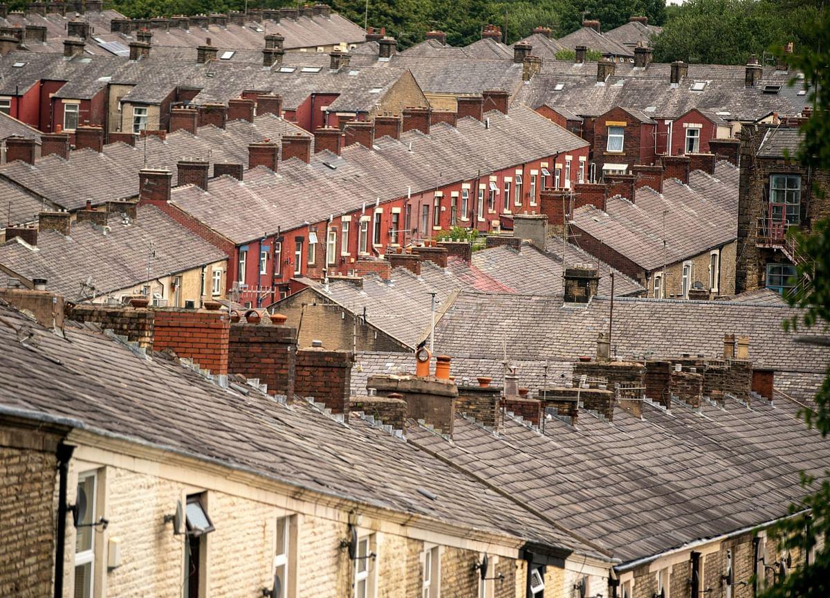 U.K. Tax Break Pushes Housing Sales to Highest in a Decade