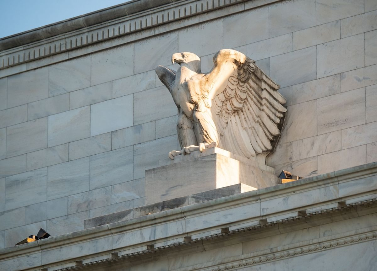 Bond Traders Clamoring for Answers Bet the Fed Isn't Done Yet