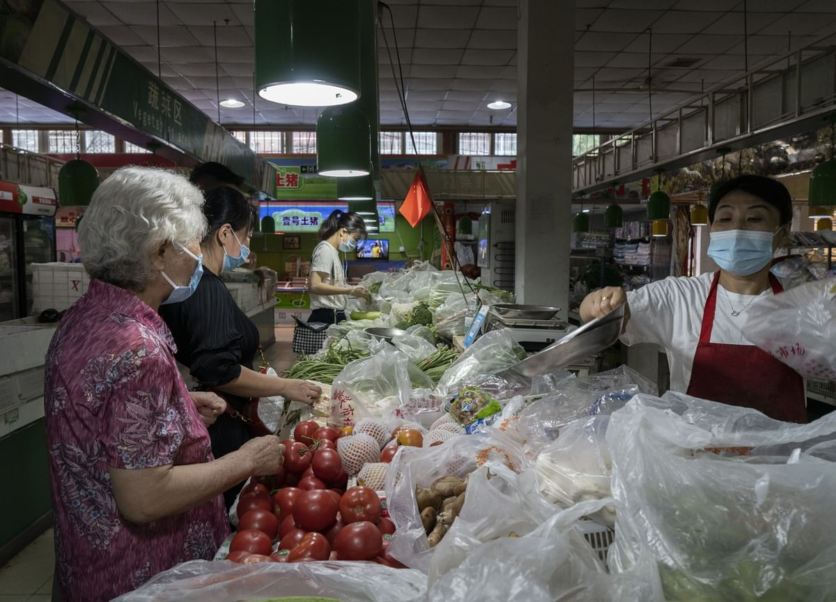 Xi's Crusade on Food Waste Triggers Rare Anxiety Over Supplies