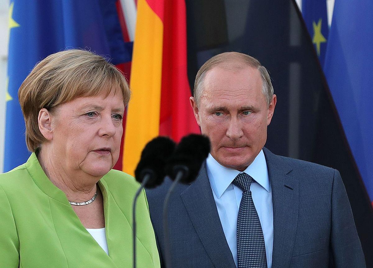 Merkel Demands Kremlin Answer After Poison Found in Navalny