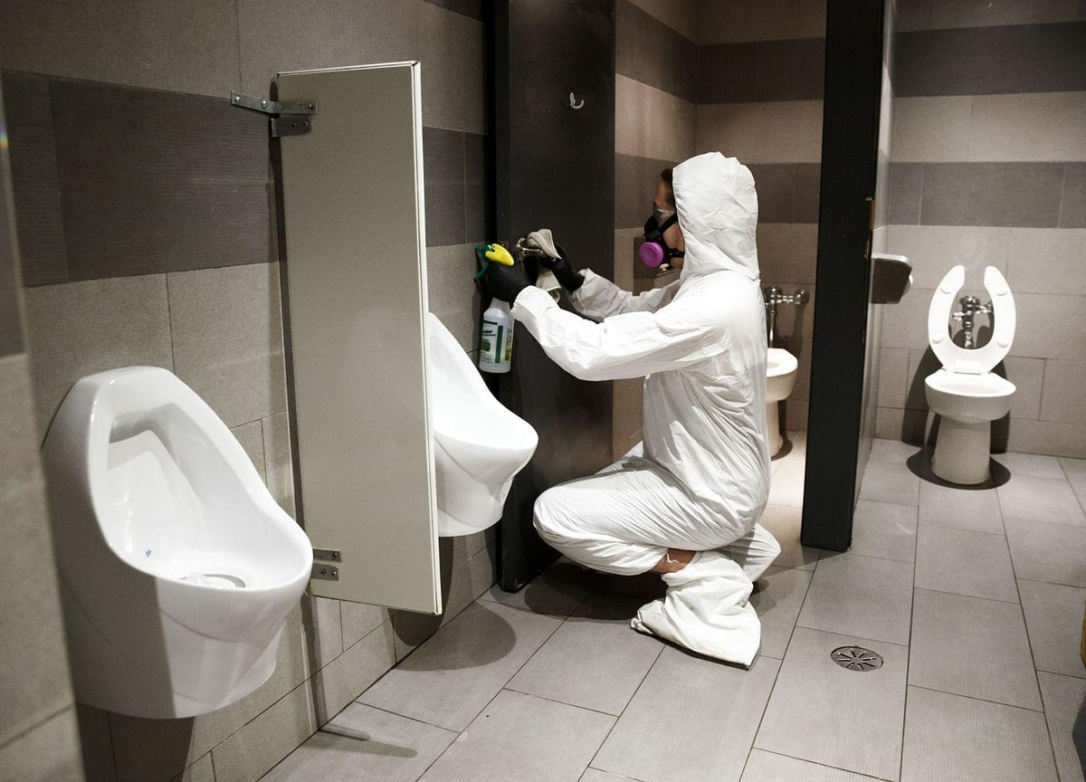 Coronavirus in Vacant Apartment Implicates Toilet in Spread