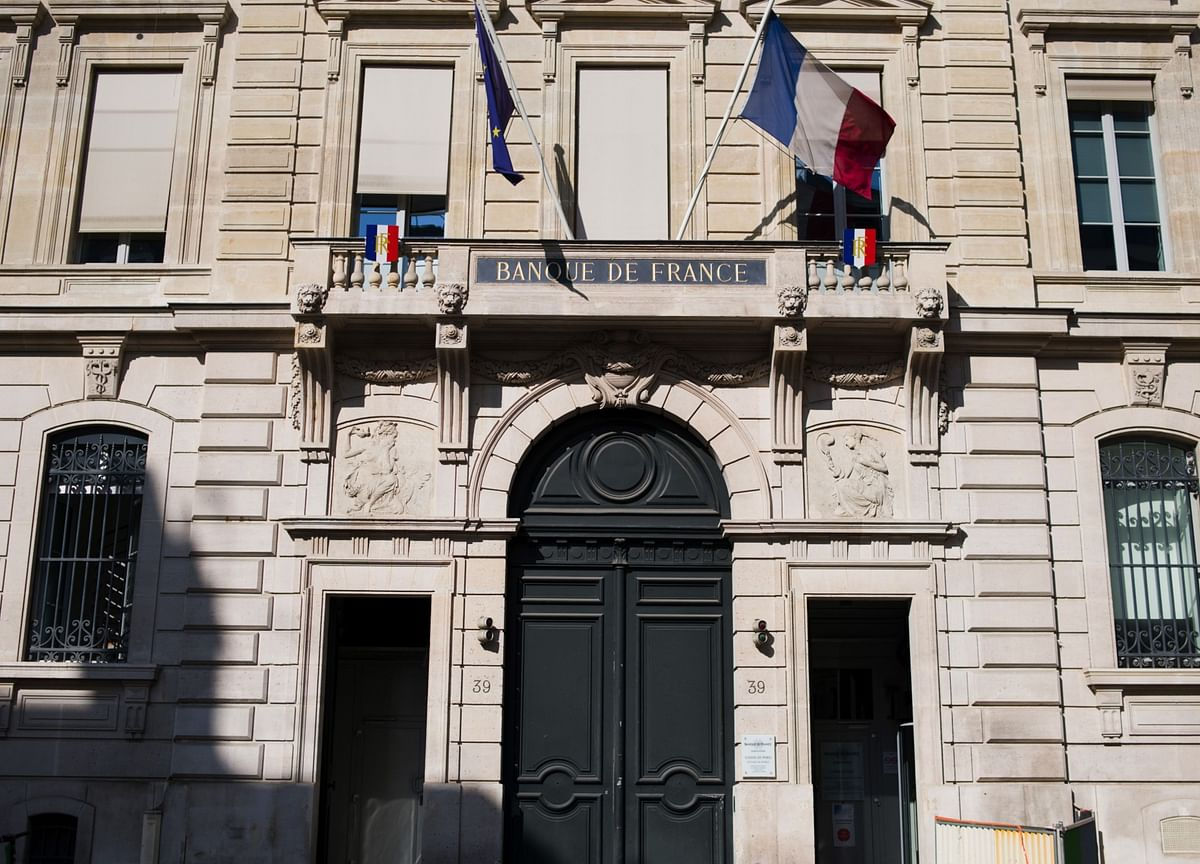 France's Economic Recovery Stumbles as Covid-19 Cases Surge