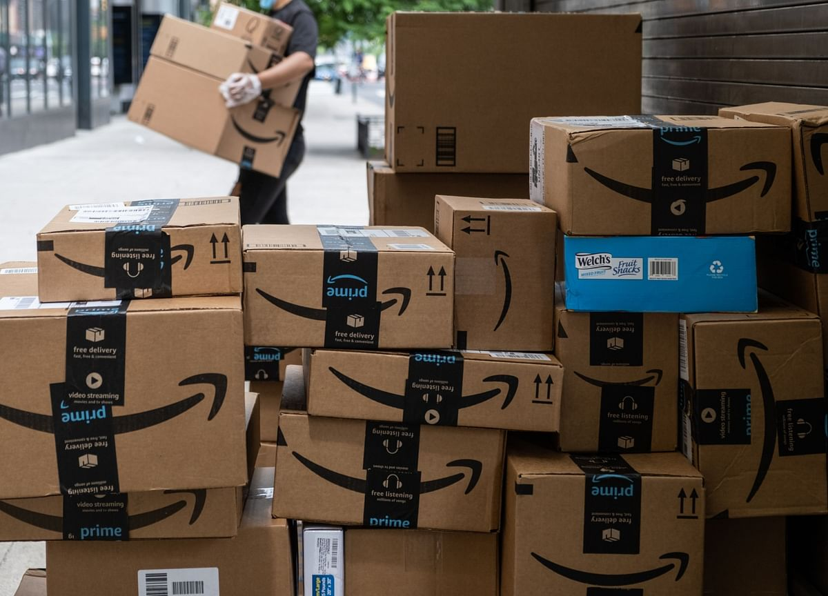 Amazon Plans to Add 7,000 Permanent Jobs in the U.K. This Year
