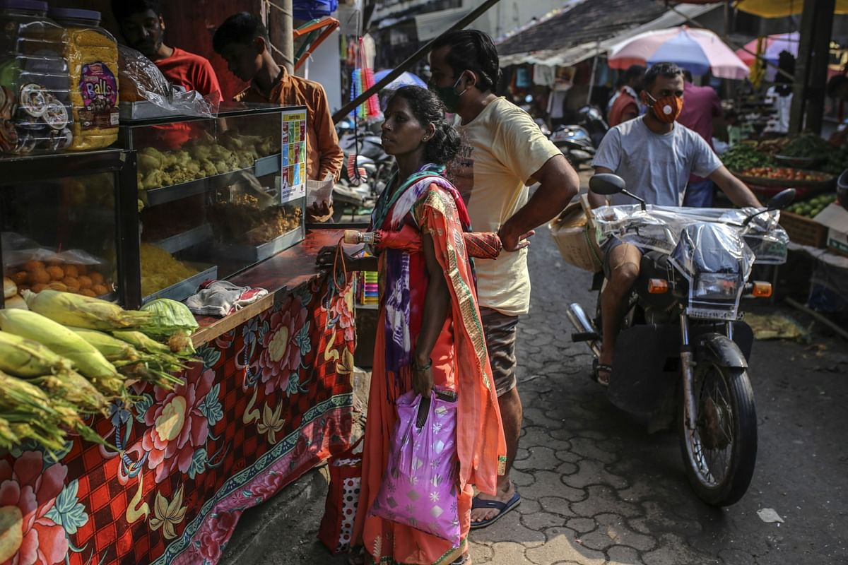 India's Retail Inflation Exceeds MPC's Target For Fifth Straight Month
