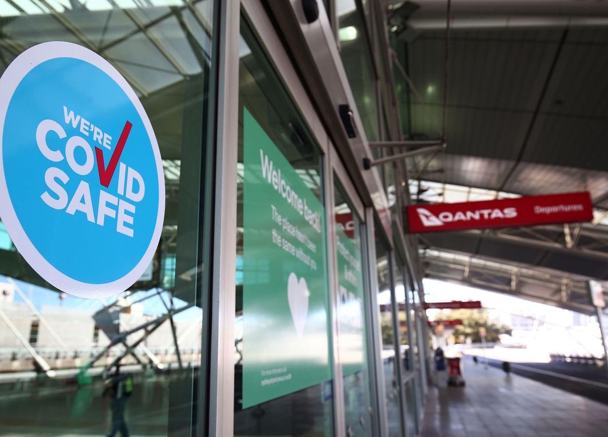 Qantas Sells Fully Stocked Bar Carts as Covid Grounds 747 Fleet