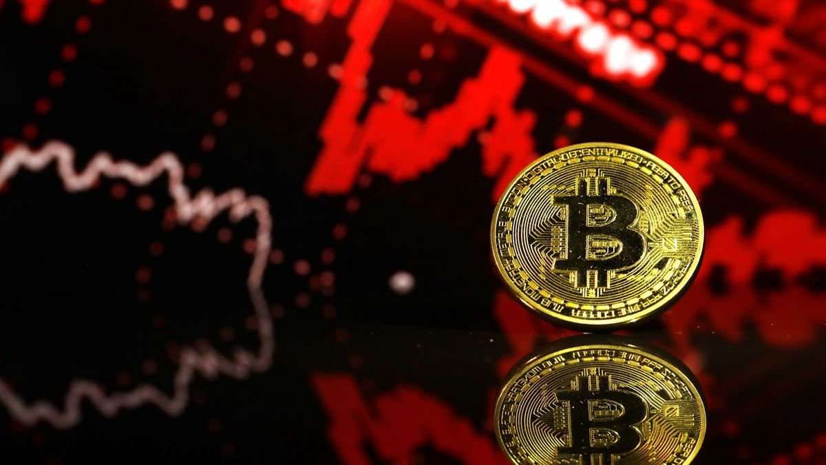 Bitcoin Volatility Puts Weekend Traders on Stomach-Churning Ride