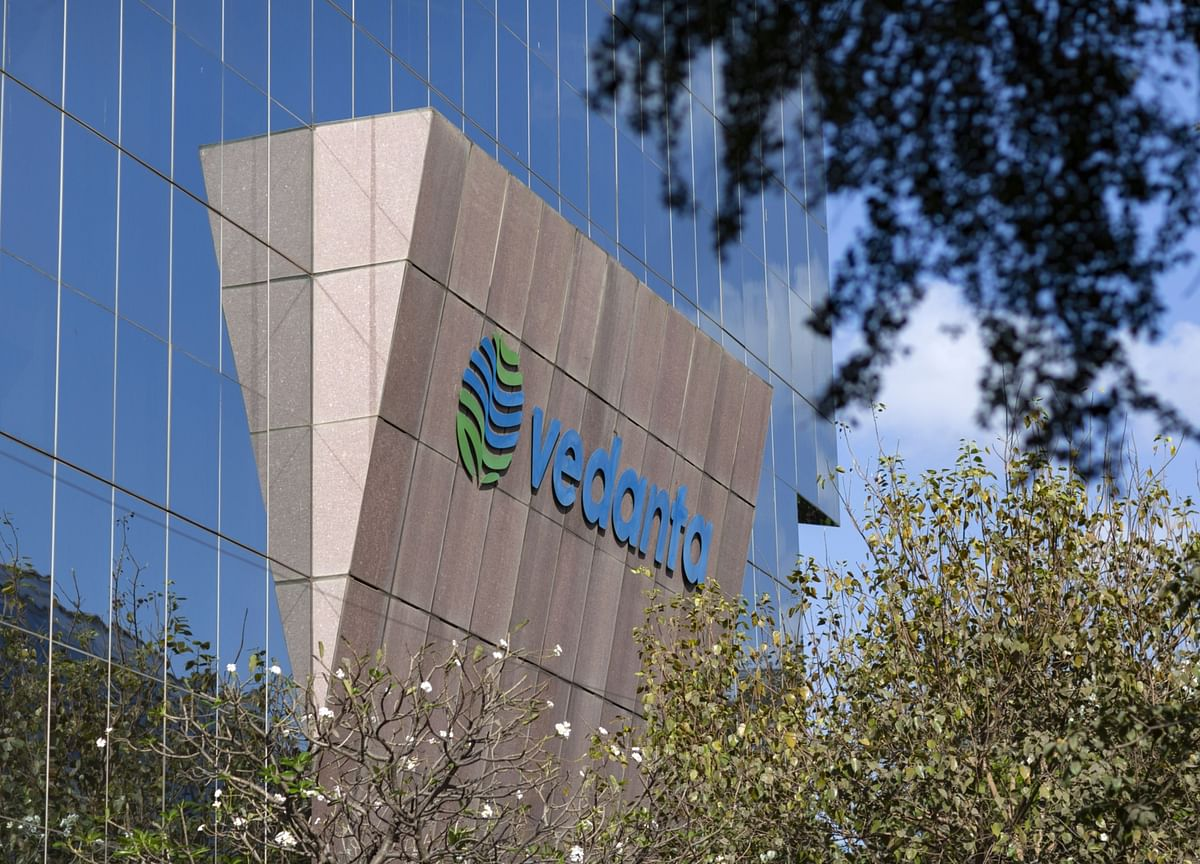 Vedanta's Debt Maturities Prompt Credit Rating Warnings