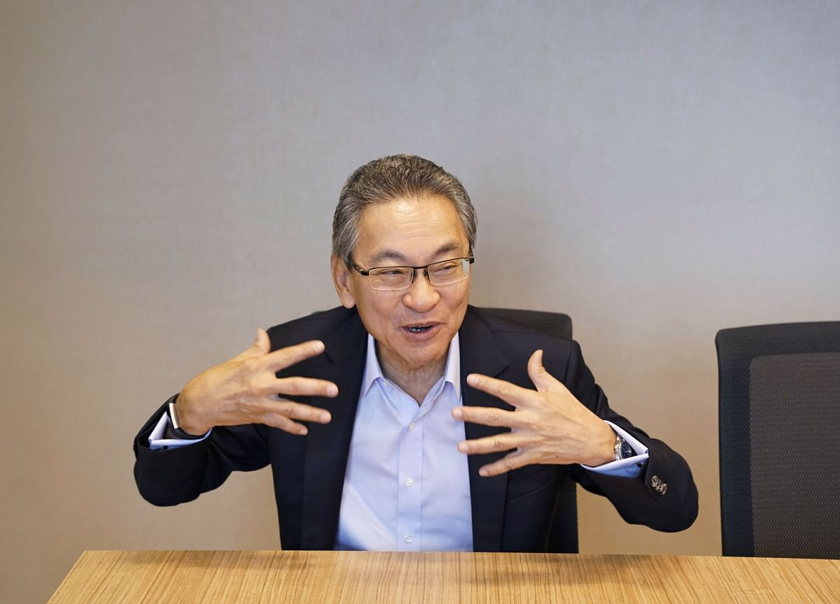 Singapore Blue-Chip Veteran to Raise Funds for New Venture Firm
