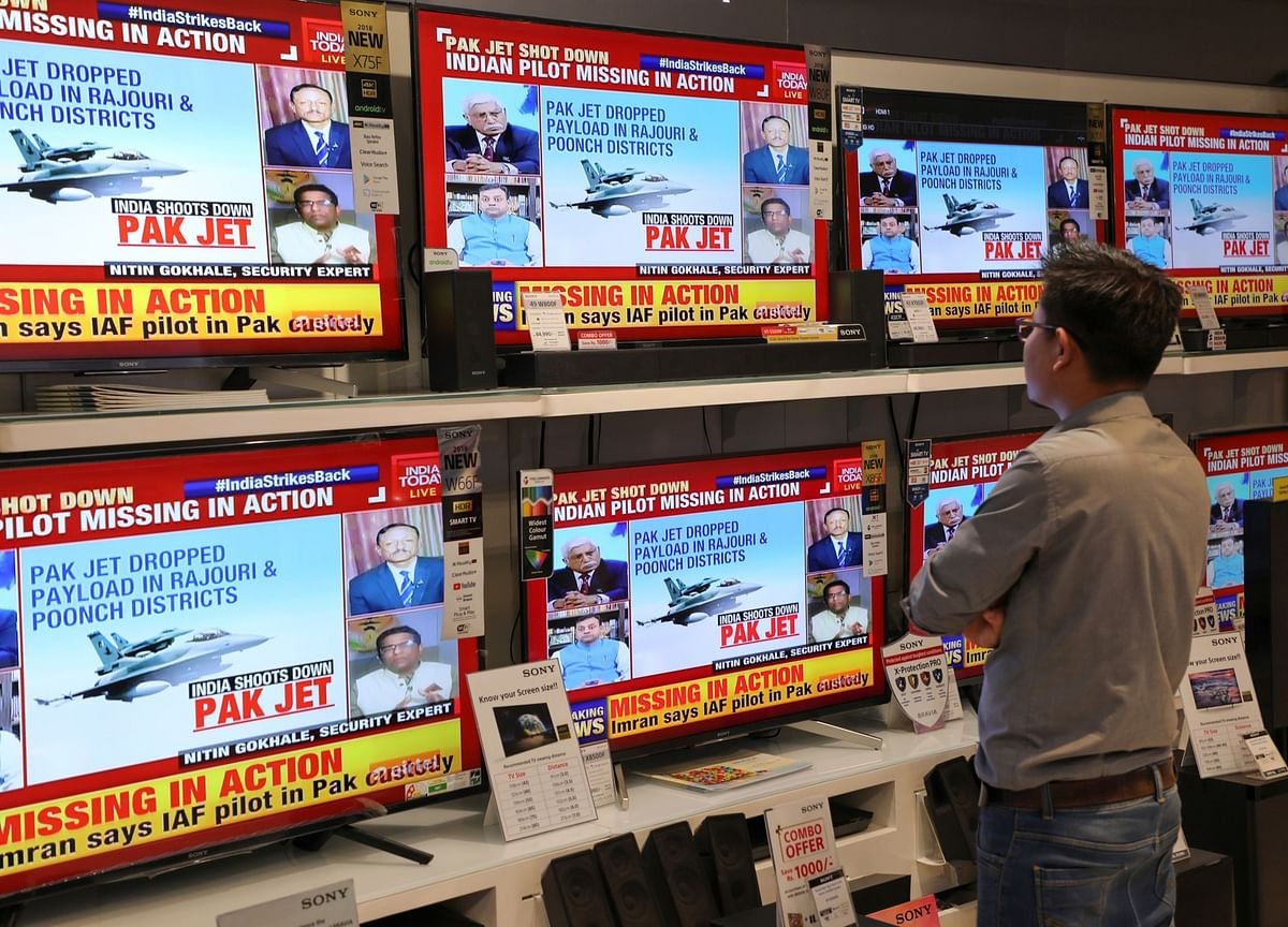 Print, Electronic Media Rarely Cross Lines, Digital Media Is Completely Uncontrolled: Centre Tell Supreme Court