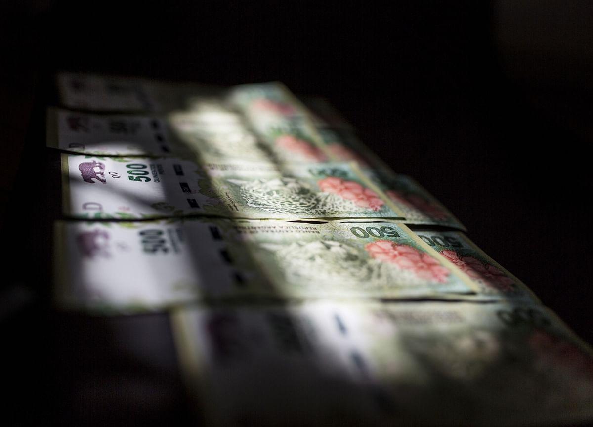 Investors Welcome Argentina's Debt Deal Amid Grim Outlook