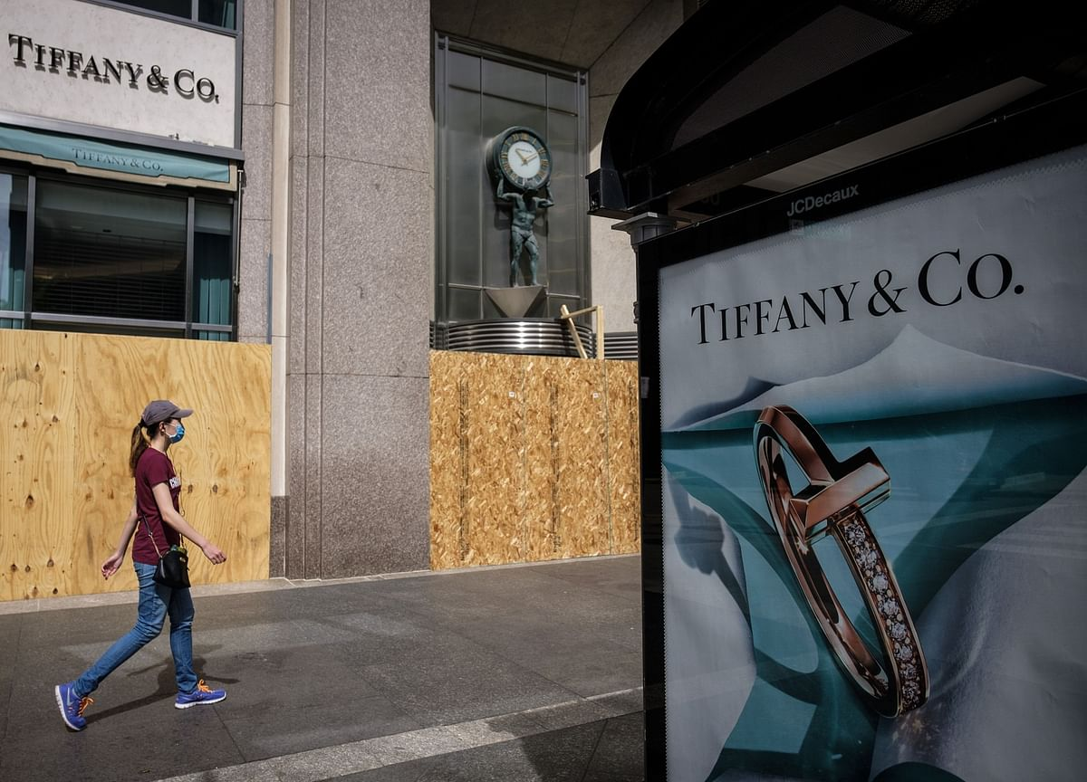 LVMH Submits $16 Billion Tiffany Deal for European Approval