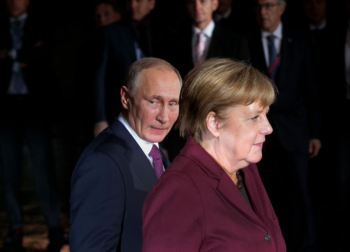Merkel Seeks Action Against Russia After Putin Opponent's Poisoning
