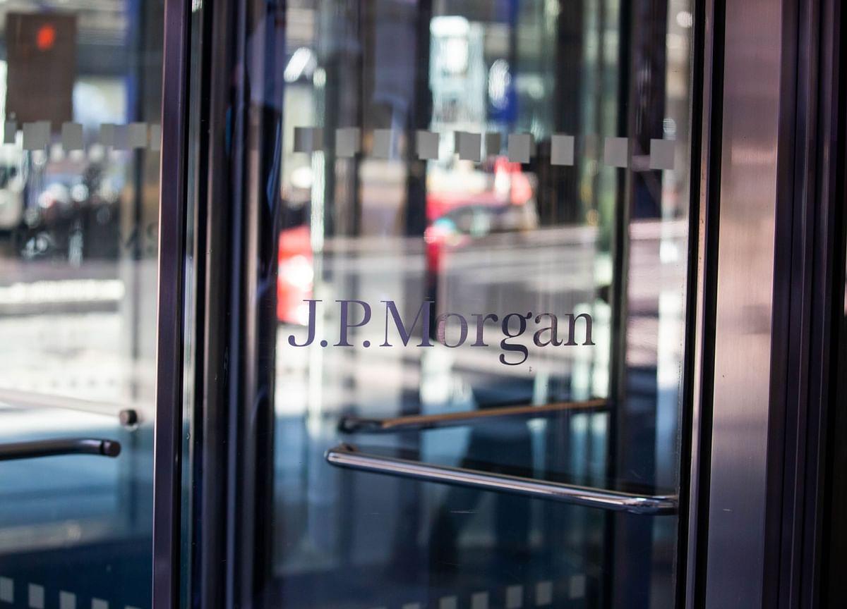 JPMorgan Posts Surprise Jump in Profit on Lower Credit Costs