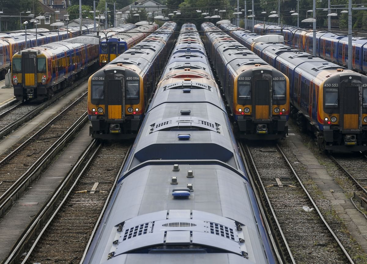 25 Years On, Britain Clings to Privatized Railway