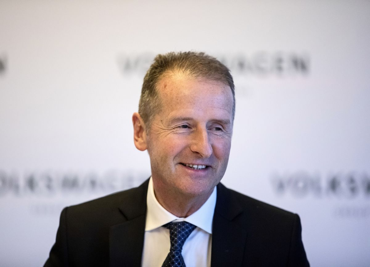 VW CEO Says No Deal Cooking After Meeting Elon Musk in Germany