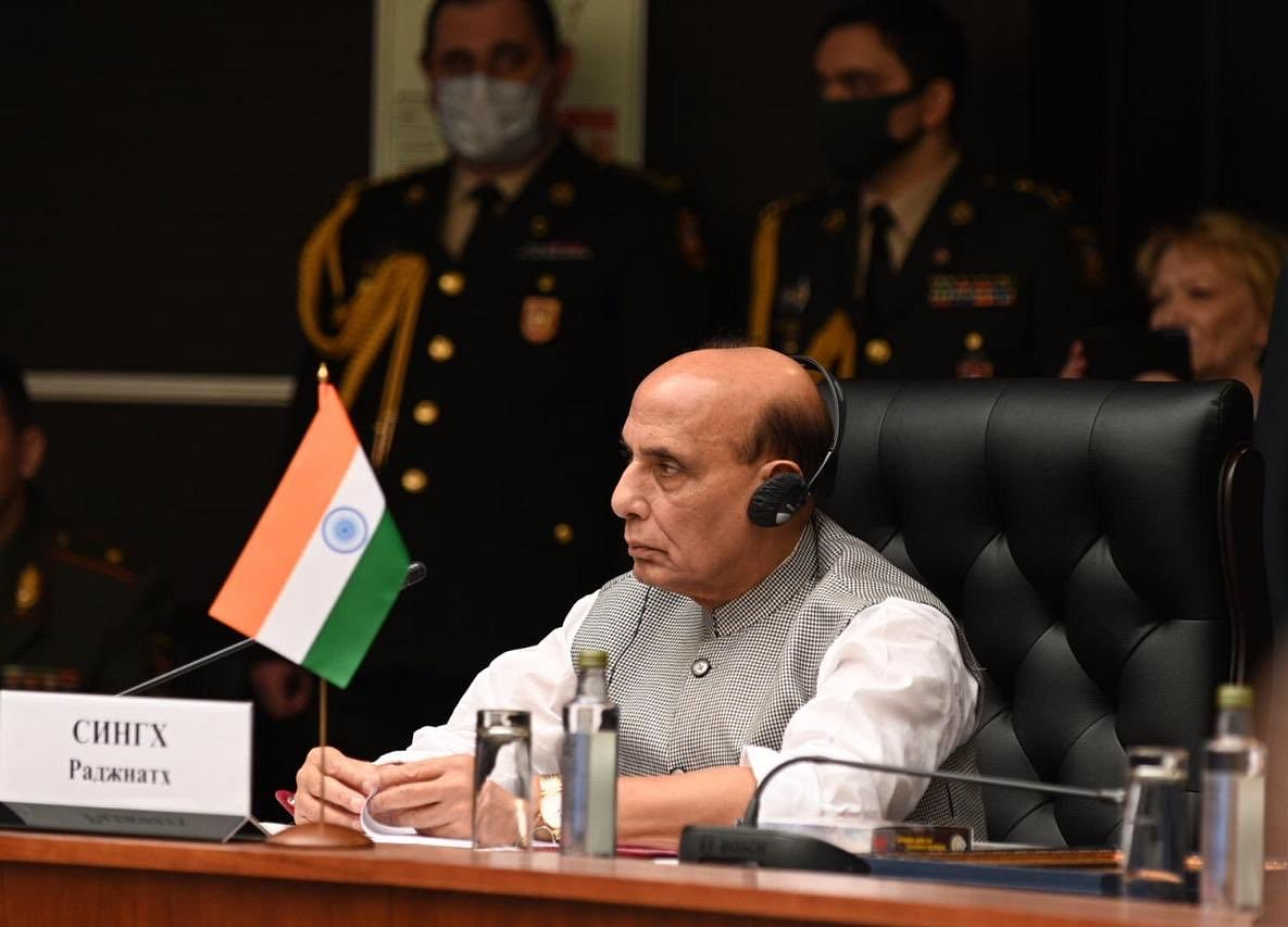 Defence Minister Rajnath Singh Meets Chinese Counterpart In Moscow Amid Border Tension In Ladakh