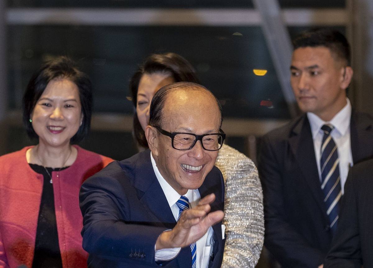 Hong Kong's Richest Man Steps Up Donations Amid Downturn