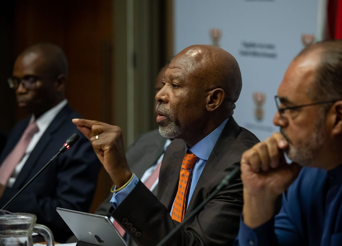 Rate Cuts Won't Cure South Africa's Skills Shortage, Kganyago Says