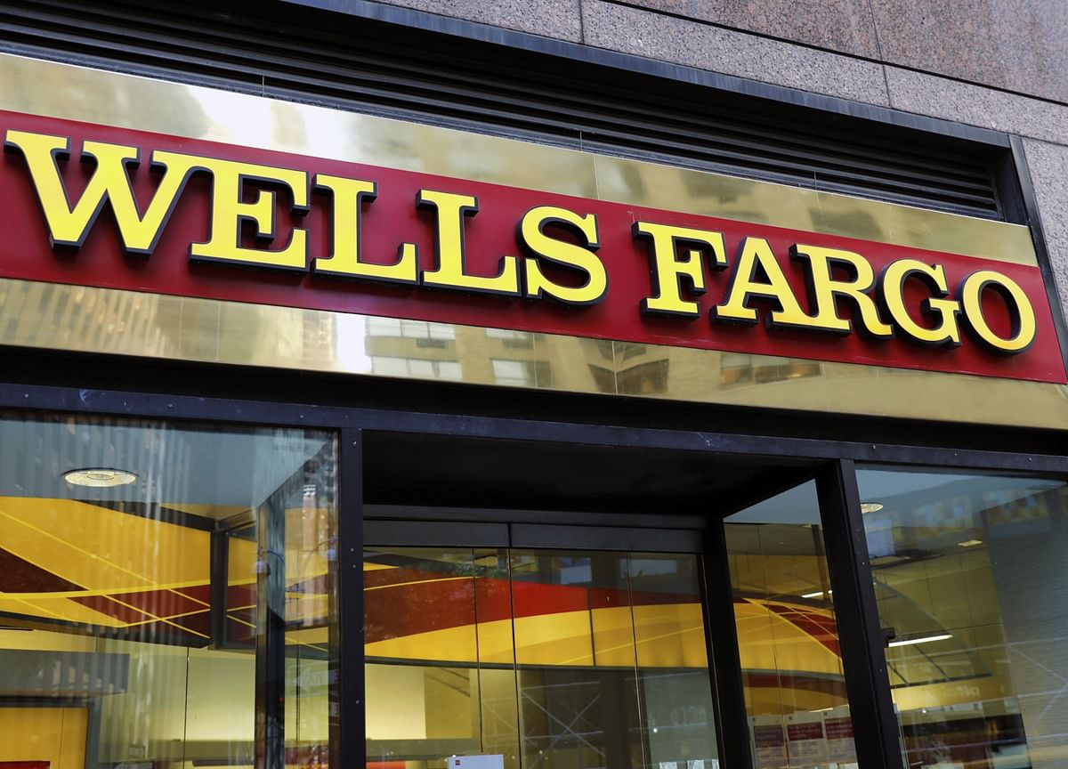 Wells Fargo CEO Apologizes for 'Limited' Black Talent Remark