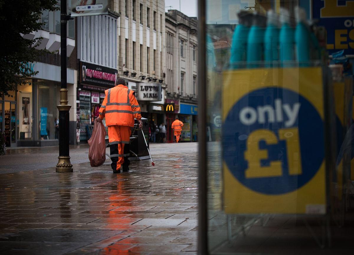 U.K. Spending on Supporting Jobs Surpasses 50 Billion Pounds