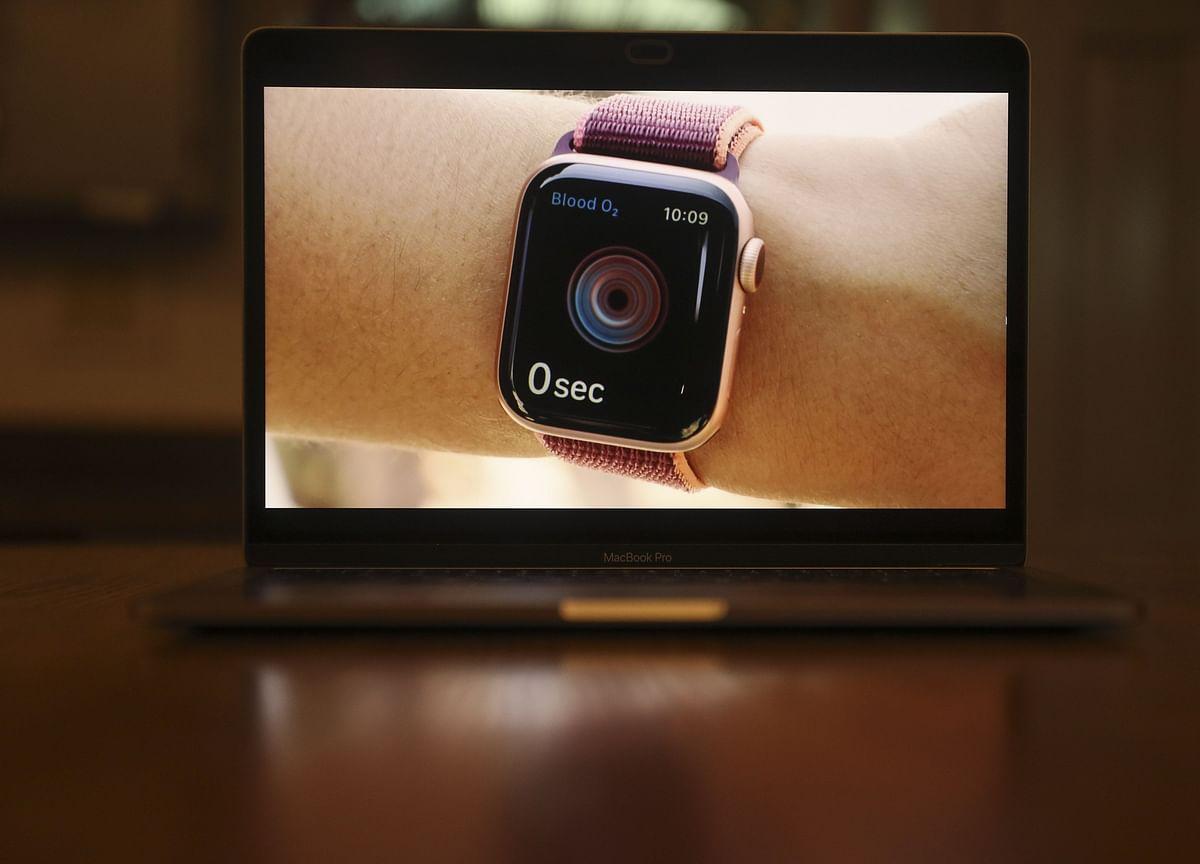 Apple Adds Blood Oxygen Sensor to Watch, Debuts Cheaper SE Model