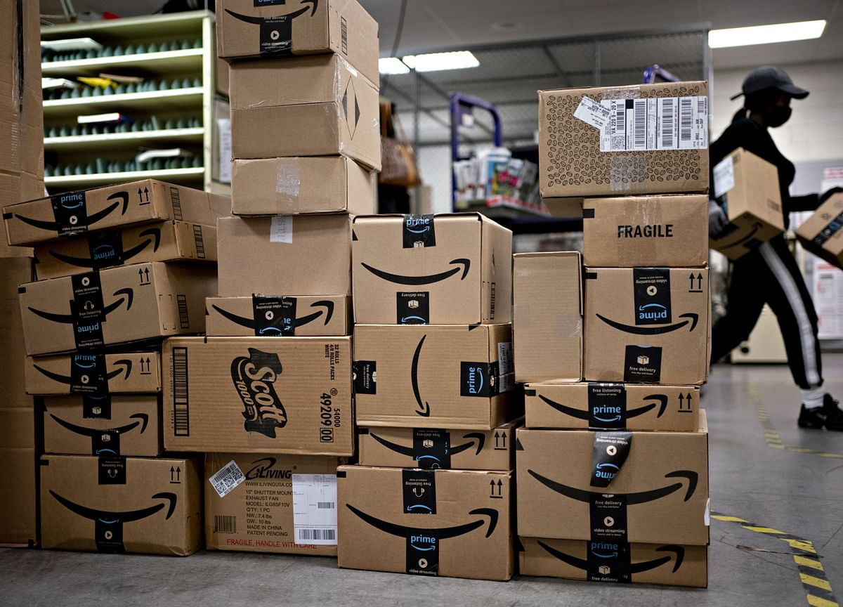 Amazon Has Turned a Middle-Class Warehouse Career Into a McJob