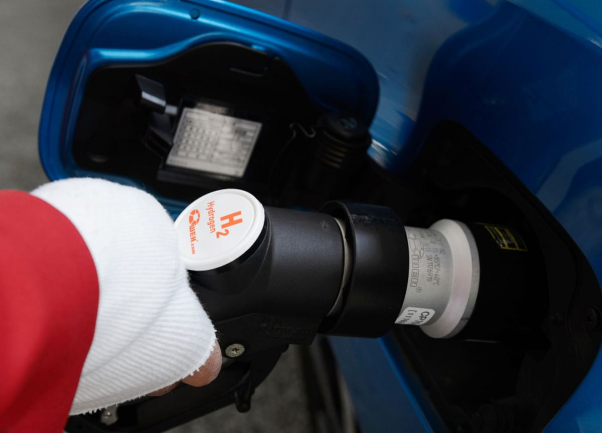 Government Notifies Standards For Safety Evaluation Of Hydrogen Fuel Cell Vehicles