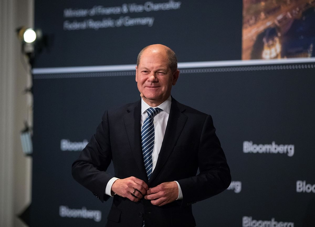 Scholz Says Germany Will Need Significant New Debt in 2021