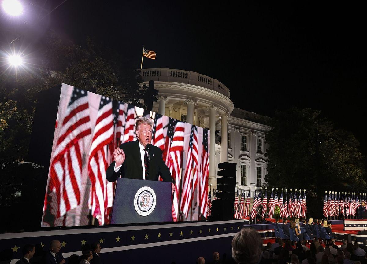 Mnuchin Talks With Pelosi, Signals Urgency on New U.S. Stimulus