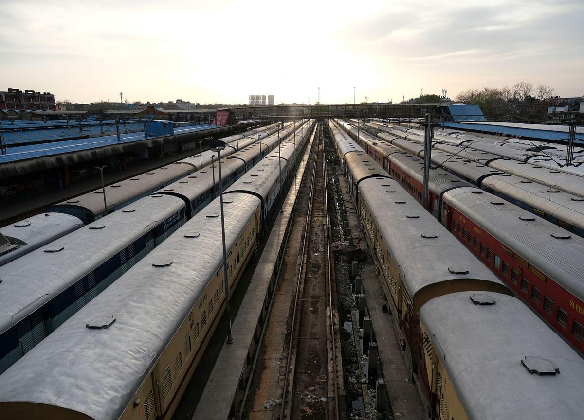 India to Allow Private Railways to Set Their Own Fares