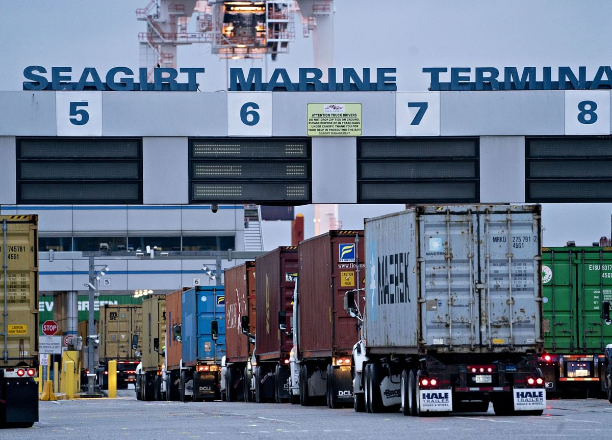 Full Steam Ahead for U.S. Commerce Means Vital Economic Support