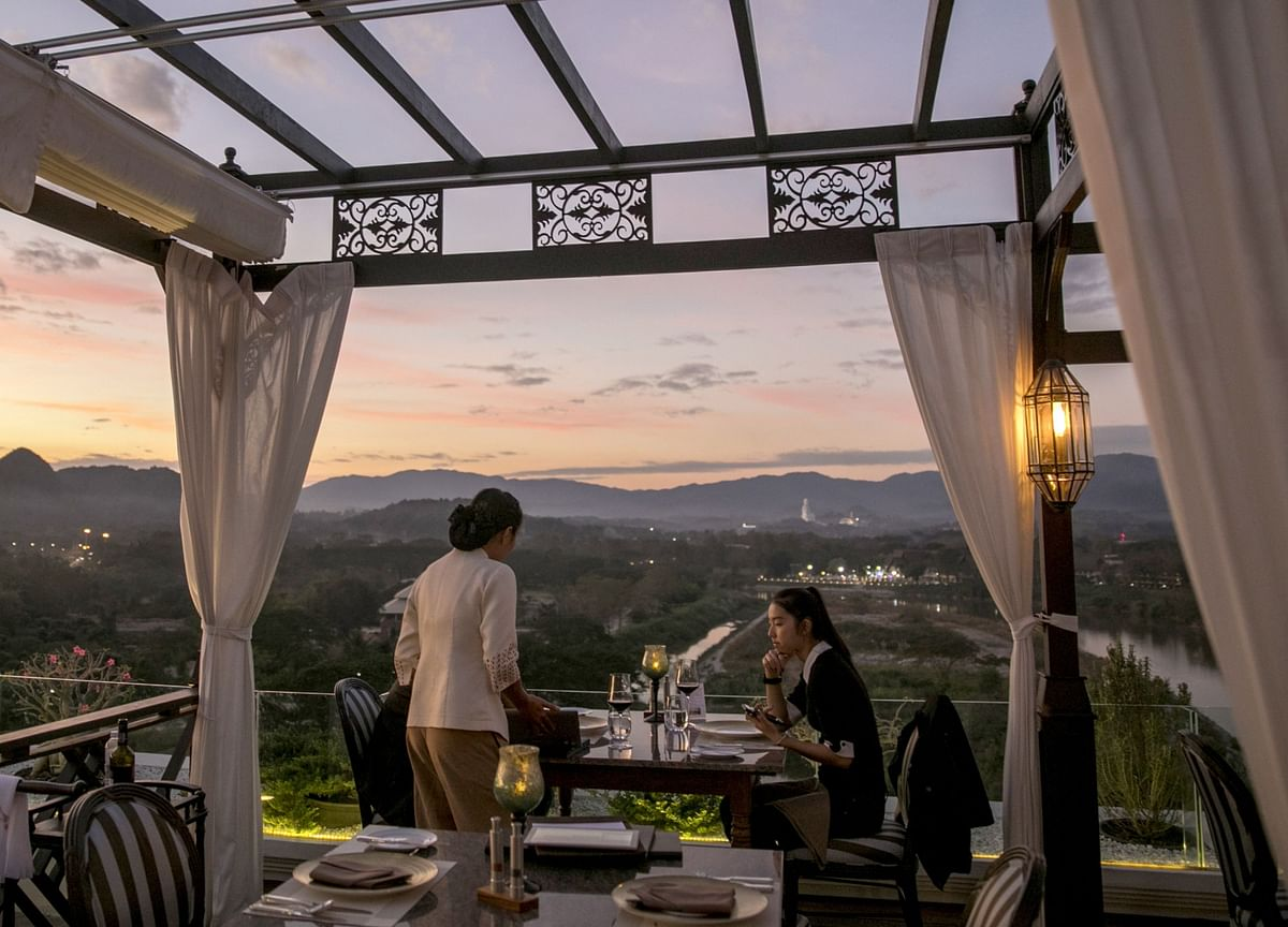 Luxury Thai Hotels Opening in Pandemic Bet on 5-Star Quarantine