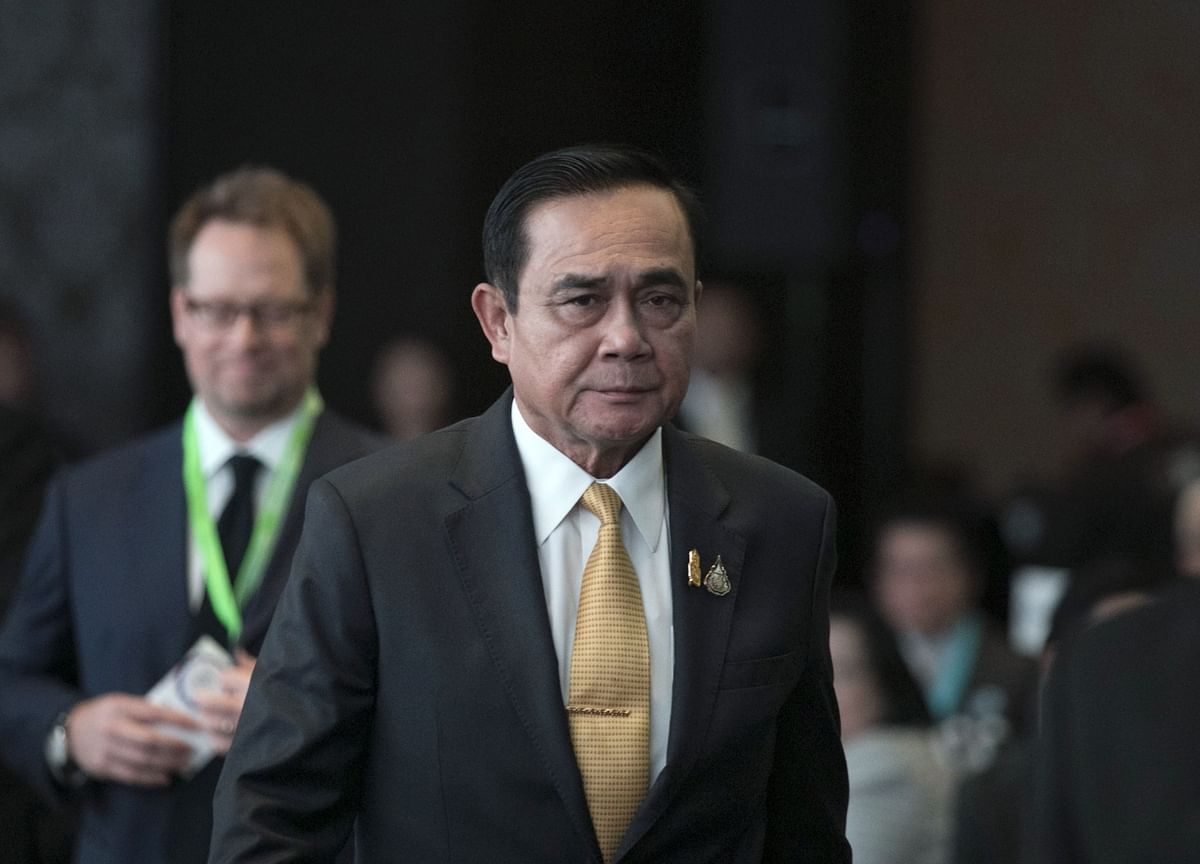 Thai Protesters Reject PM's Olive Branch, Give Fresh Ultimatum