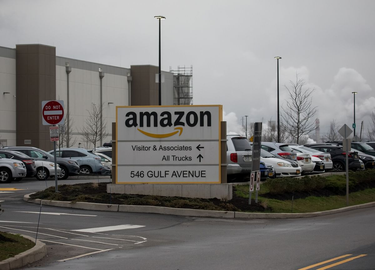 Amazon to Let Employees Work From Home Through June 2021