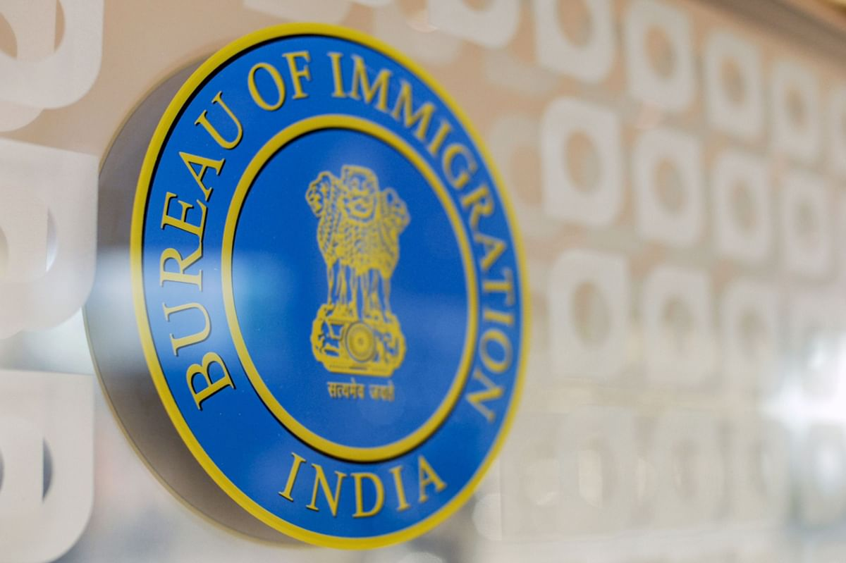India to Restore Visas Despite Virus in Bid to Open Economy