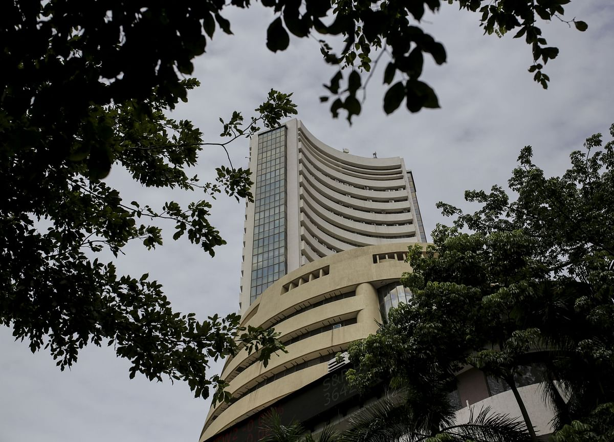 India's Sensex Completes Best Week Since June as RBI Holds Rates
