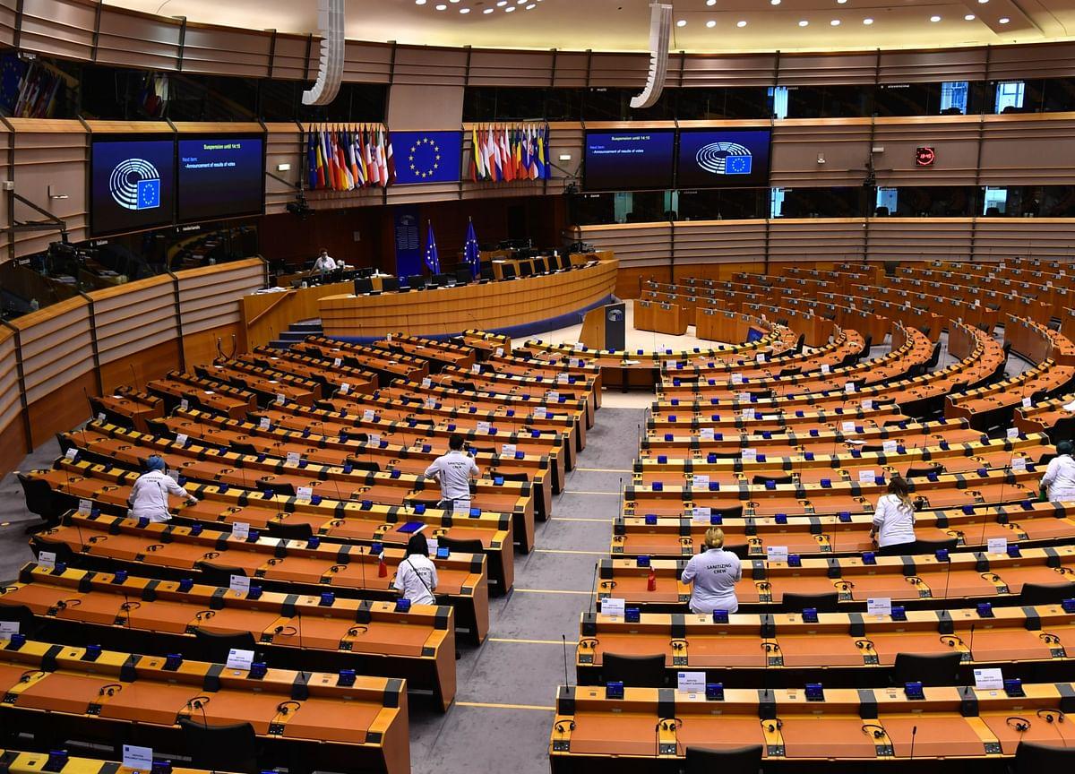 U.K., EU Negotiators to Hold Call to Revive Brexit Talks
