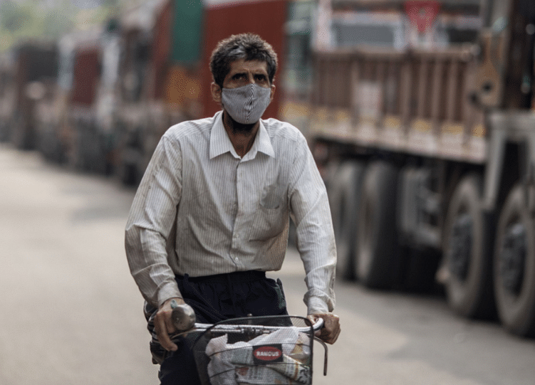 Delhi's Pollution Levels Worsen, Air Quality Still In 'Poor' Category