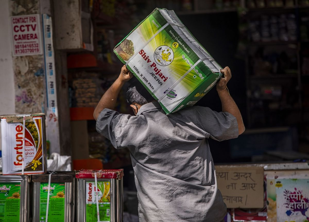 India's Wholesale Inflation Rises To Highest In Seven Months In September